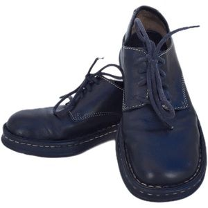 Born black lace up Oxford shoes contrast stitching